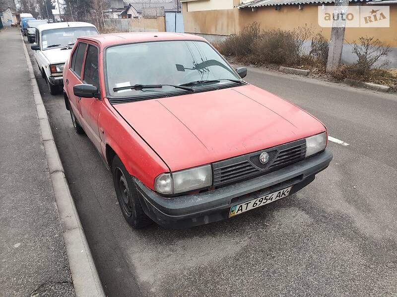 Alfa Romeo 33 1988 в Киеве