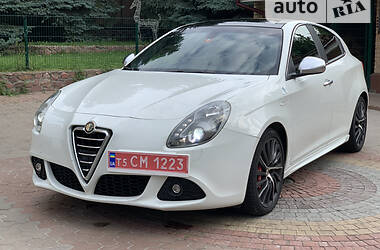 Хетчбек Alfa Romeo Giulietta 2011 в Києві