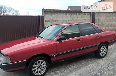 Audi 100 1990 в Остроге