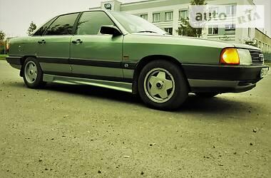 Седан Audi 100 1985 в Хмельницком