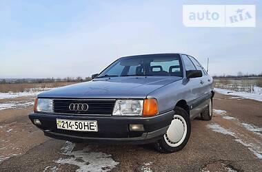 Седан Audi 100 1985 в Пологах