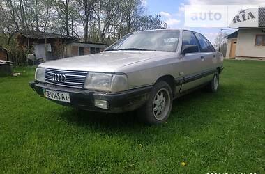 Седан Audi 100 1988 в Снятине