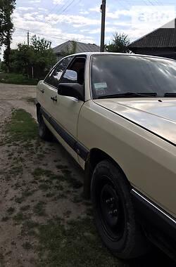 Седан Audi 100 1986 в Тлумаче