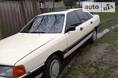Седан Audi 100 1987 в Ужгороде