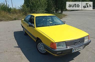Седан Audi 100 1983 в Умани