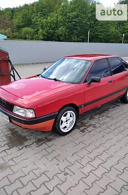 Седан Audi 80 1987 в Черновцах