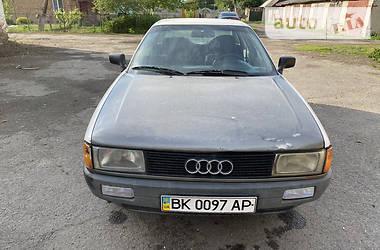 Седан Audi 80 1988 в Ровно
