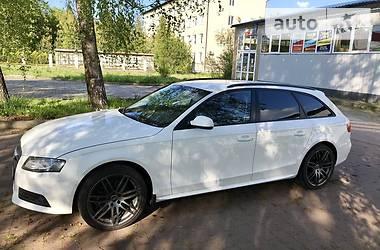 Audi A4 2010 в Надворной