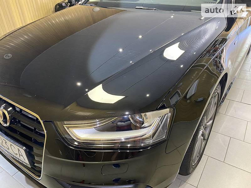 Седан Audi A4 2015 в Києві