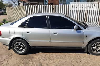 Audi A4 1995 в Глухове