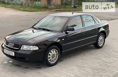 Седан Audi A4 2000 в Владимир-Волынском