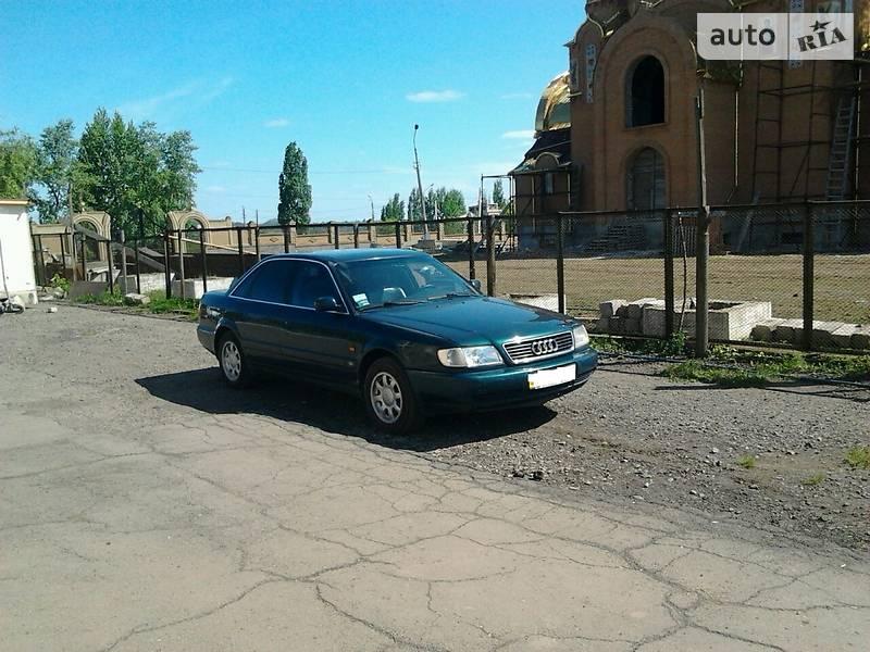 Седан Audi A6 1996 в Волновасі