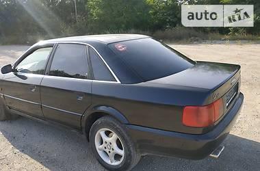 Audi A6 1995 в Кельменцах