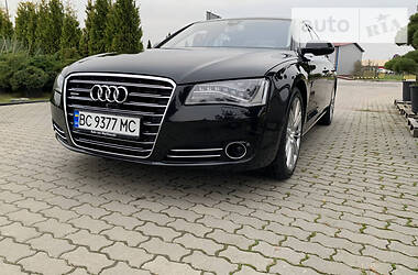 Audi A8 2012 в Городке