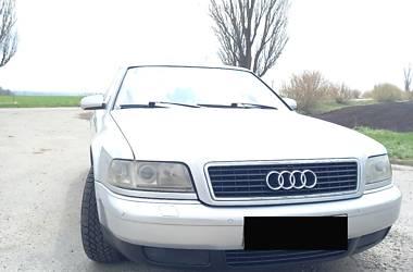 Седан Audi A8 2000 в Тетієві