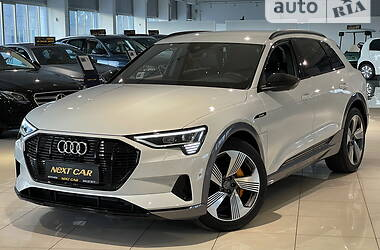 Внедорожник / Кроссовер Audi e-tron 2020 в Киеве