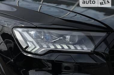 Внедорожник / Кроссовер Audi Q7 2020 в Киеве