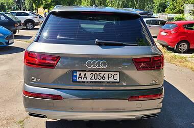 Позашляховик / Кросовер Audi Q7 2016 в Києві
