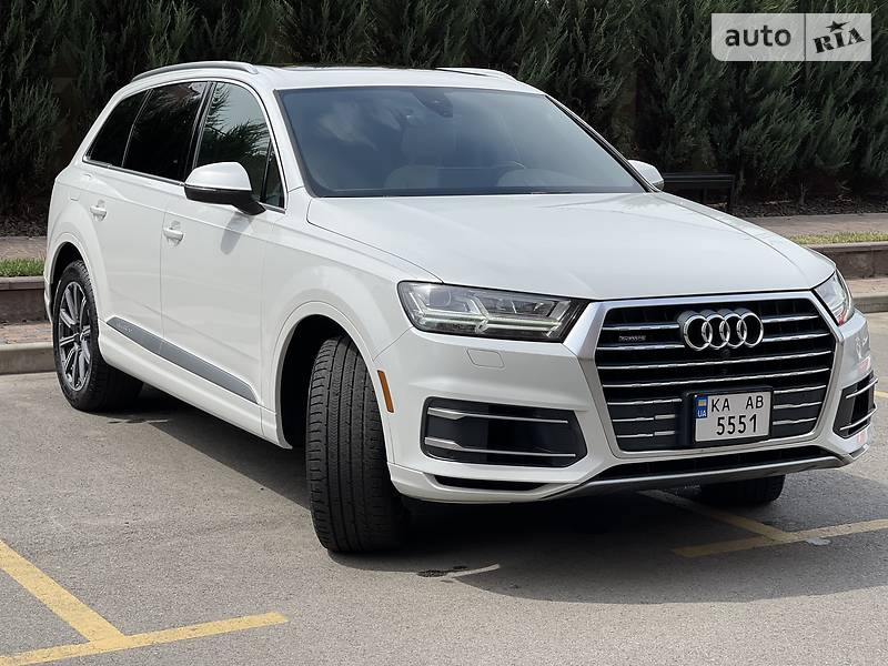 Внедорожник / Кроссовер Audi Q7 2016 в Киеве