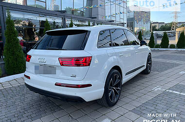 Внедорожник / Кроссовер Audi Q7 2016 в Калуше