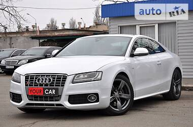Купе Audi S5 2009 в Киеве