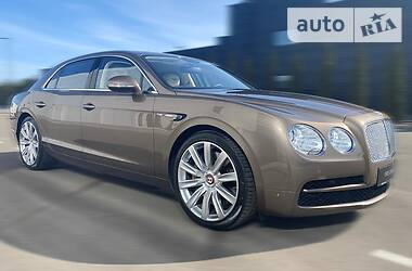 Bentley Flying Spur V8 2015 в Киеве
