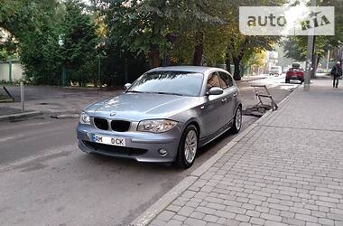 Хэтчбек BMW 118 2007 в Ровно