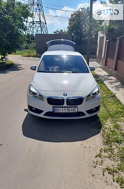 Хэтчбек BMW 218 2015 в Белгороде-Днестровском