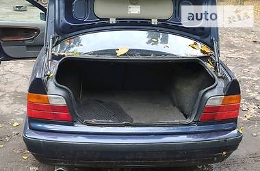 BMW 318 1995 в Киеве