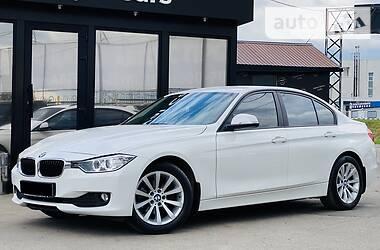 Седан BMW 318 2013 в Харькове