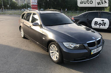 Универсал BMW 318 2008 в Киеве