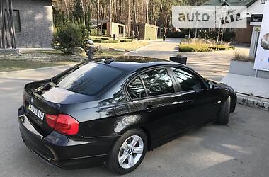 Седан BMW 318 2010 в Киеве