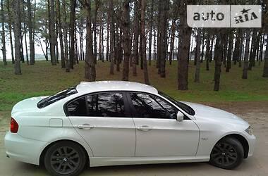 BMW 320 2010 в Каховке