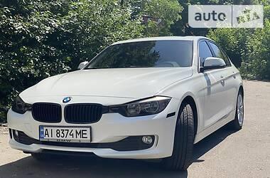 Седан BMW 320 2013 в Киеве