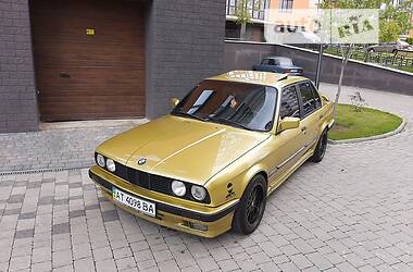 Седан BMW 320 1988 в Івано-Франківську