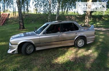 BMW 324 1986 в Чигирине