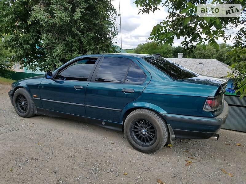 BMW 325 1996 в Черновцах