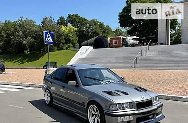 Седан BMW 325 1991 в Одессе