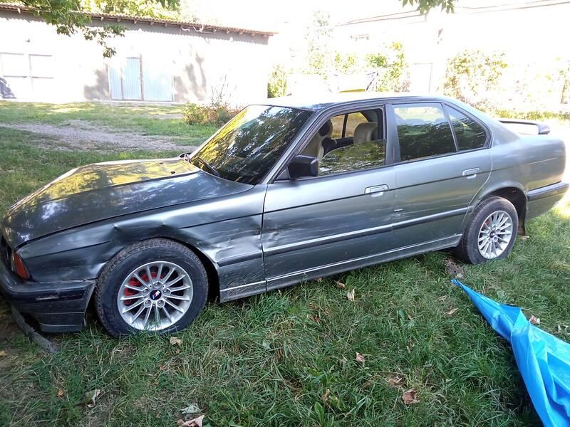 BMW 518 e34