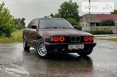 Седан BMW 520 1988 в Одессе