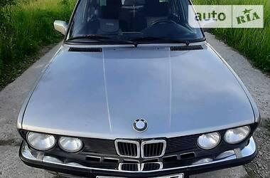 Седан BMW 524 1987 в Мукачево