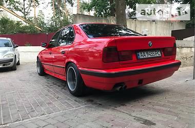 BMW 525 1988 в Киеве