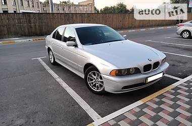 Седан BMW 525 2002 в Києві