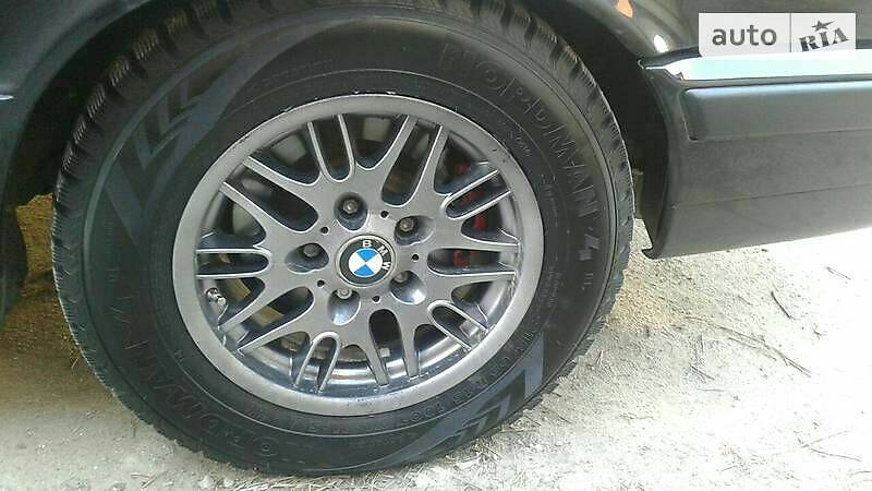 BMW 5 1993 года