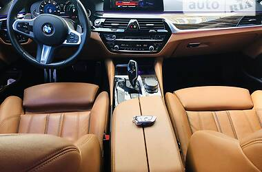 Седан BMW 530 2019 в Одесі