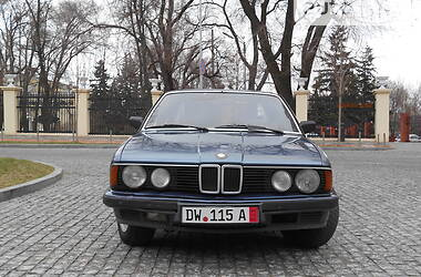 Седан BMW 728 1986 в Днепре