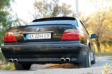 BMW 735 2001