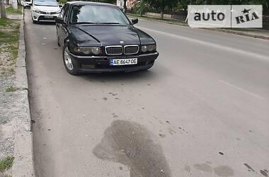 Седан BMW 735 2000 в Новограде-Волынском