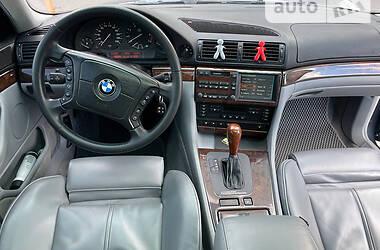 Седан BMW 735 2000 в Запорожье