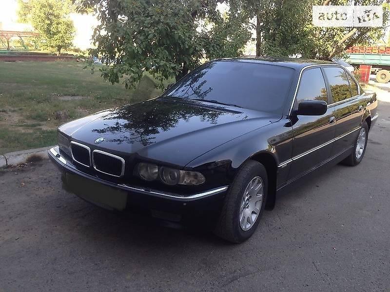 BMW 740 2000 в Херсоне